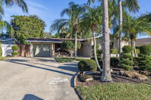 Palm Beach Gardens Estates