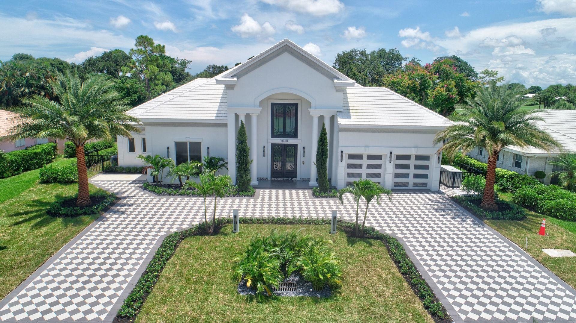 11938 N Lake Drive Boynton Beach, FL 33436