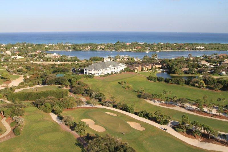 11860 Hill Club Terrace 201, Tequesta, Florida 33469, 2 Bedrooms Bedrooms, ,3 BathroomsBathrooms,A,Condominium,Hill Club,RX-10503590