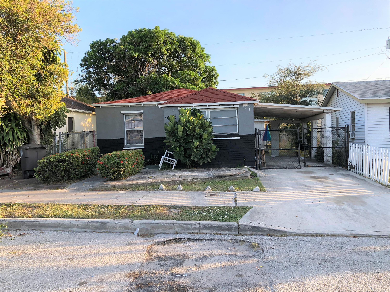 1022 17th Street West Palm Beach, FL 33407