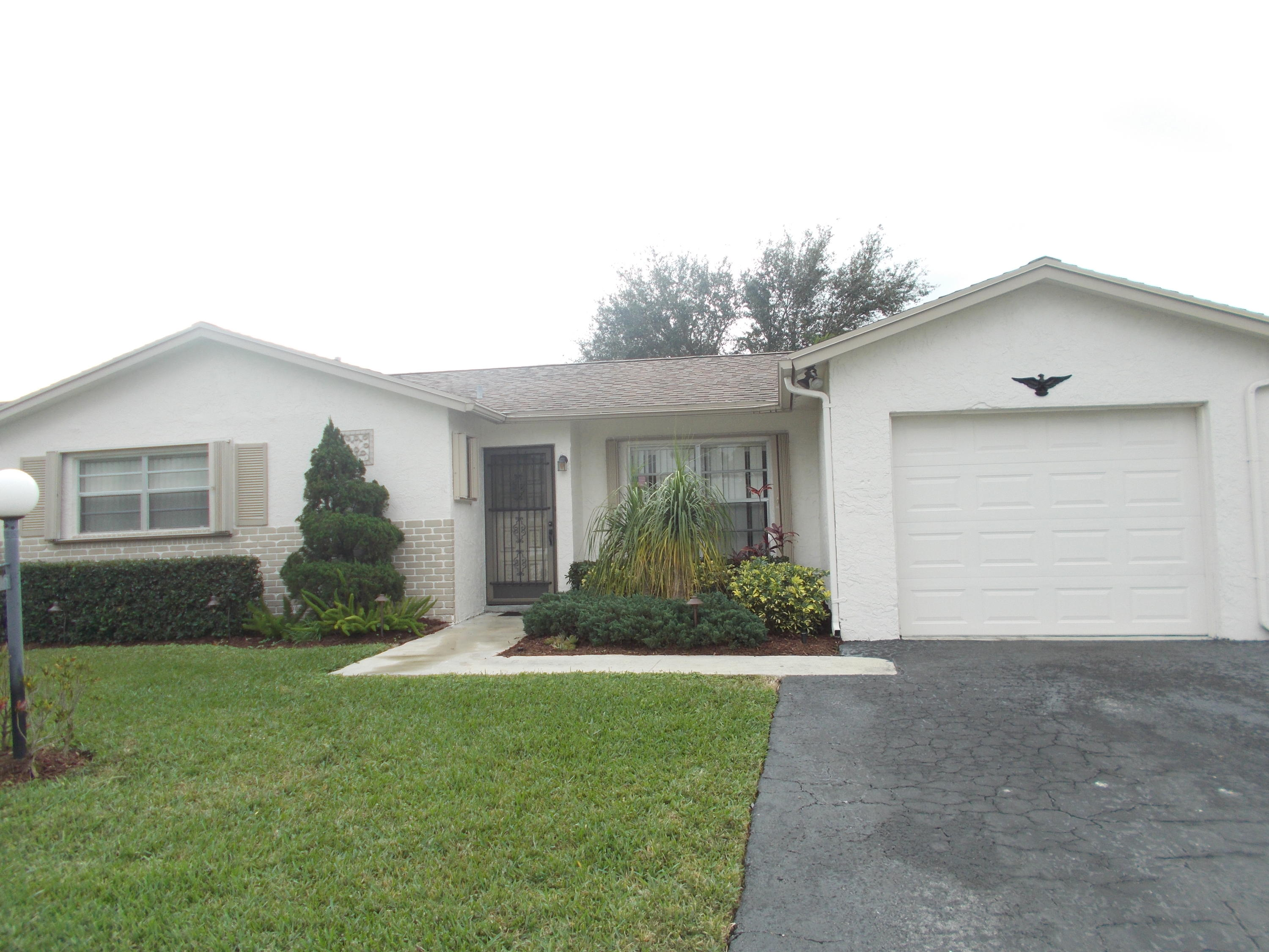 Home for sale in LUCERNE LAKES HOMES VILL I AS Lake Worth Florida