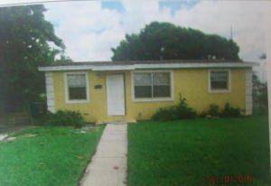 POINCIANA HEIGHTS home 215 NW 11th Avenue Boynton Beach FL 33435