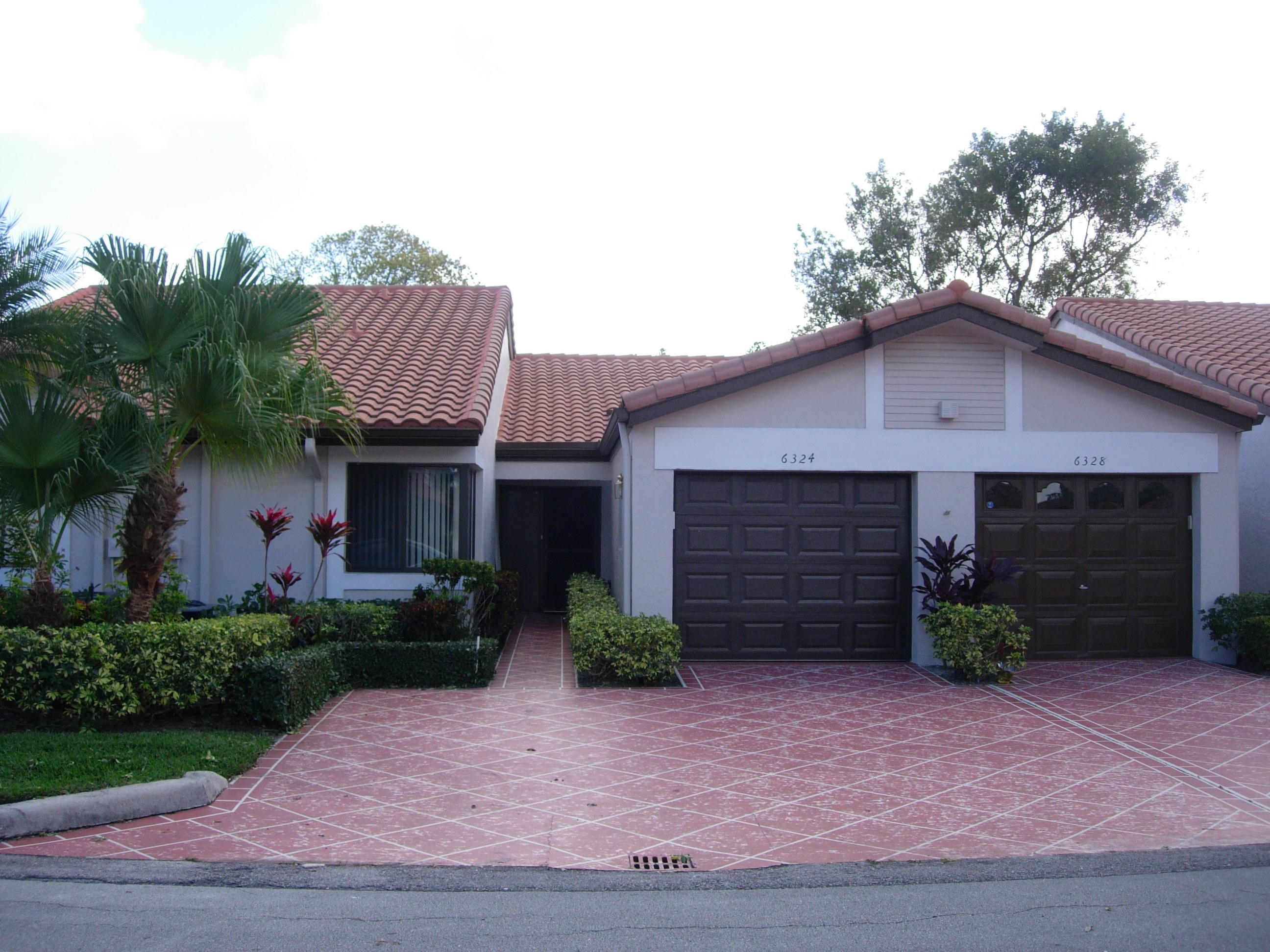6324 Kings Gate Circle  Delray Beach, FL 33484
