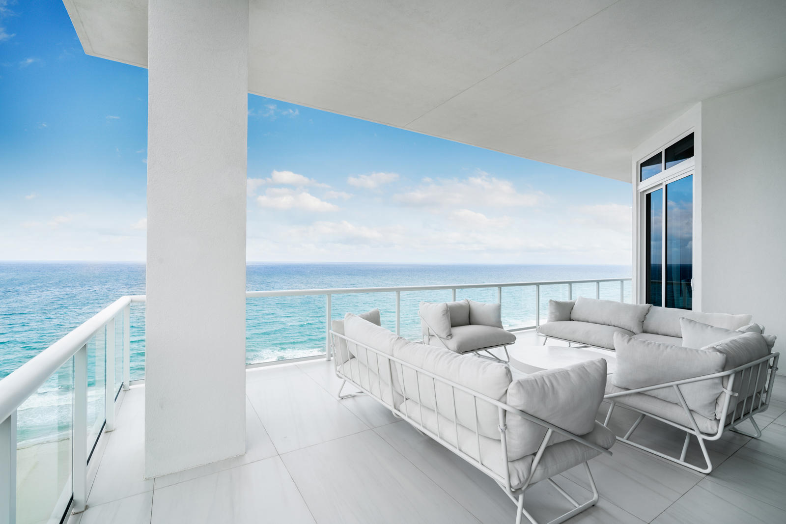 VISTABLUE SINGER ISLAND HOMES FOR SALE