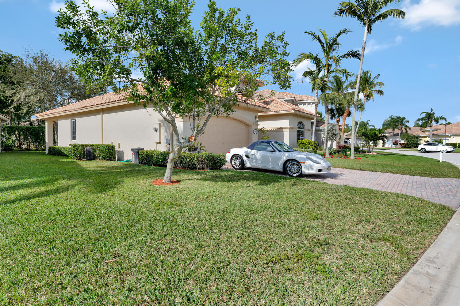 8711 S San Andros West Palm Beach, FL 33411 small photo 3