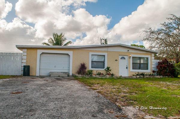 3663 Almar Rd Road Lake Worth, FL 33461 photo 1