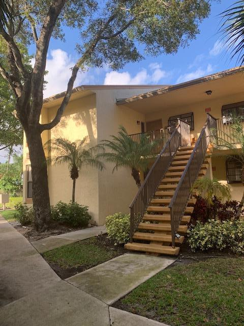 Home for sale in VILLAS AT MEADOW LAKES Deerfield Beach Florida