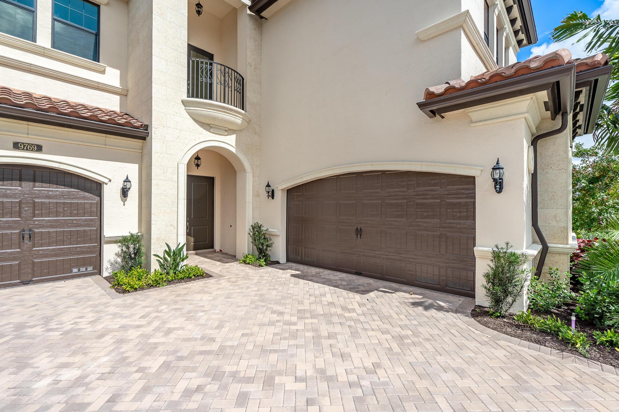 9769 Bozzano Drive Delray Beach, FL 33446 photo 3