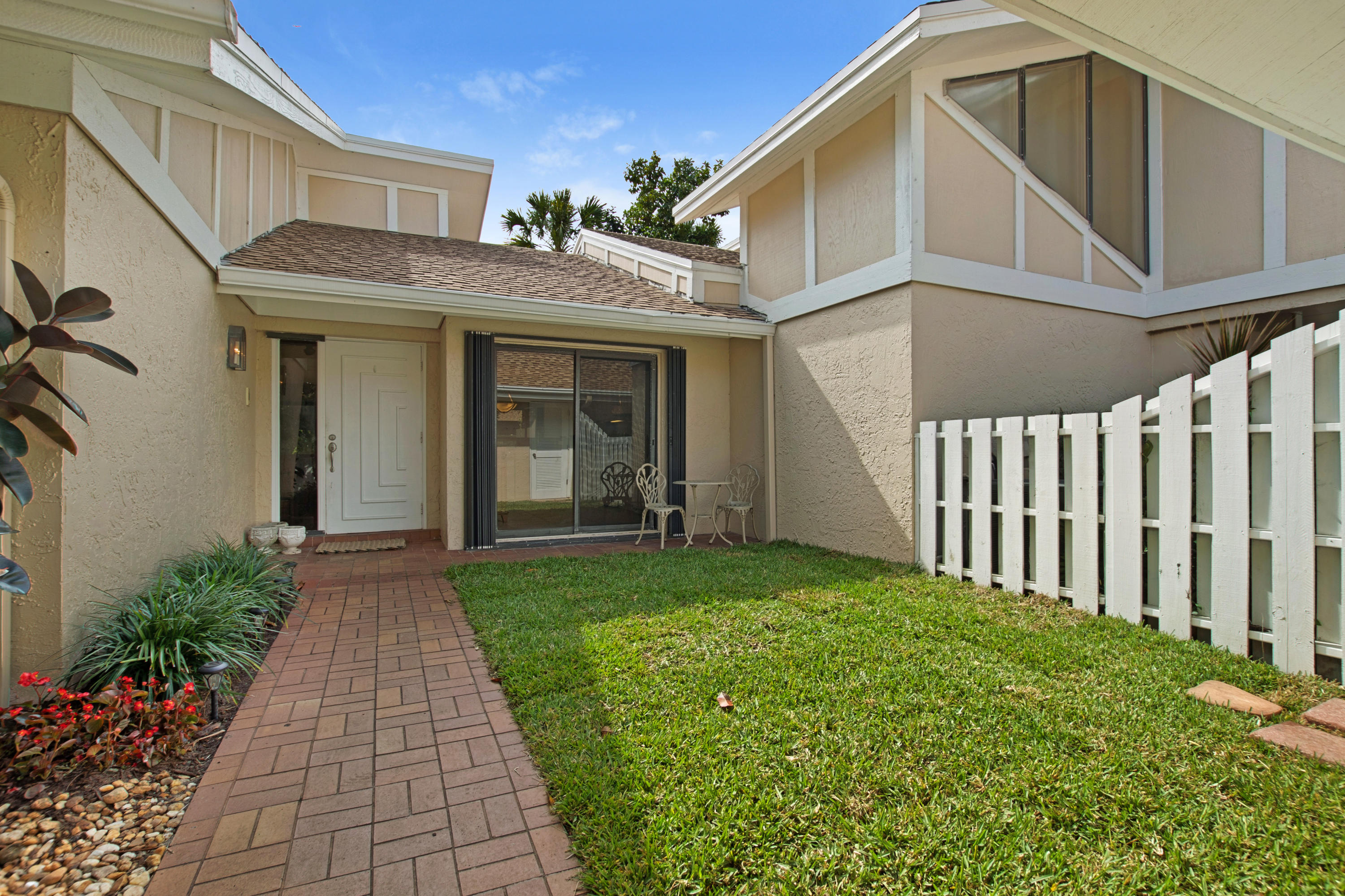 3680 Cape Pointe Circle, Jupiter, Florida 33477, 2 Bedrooms Bedrooms, ,2 BathroomsBathrooms,A,Villa,Cape Pointe,RX-10504715