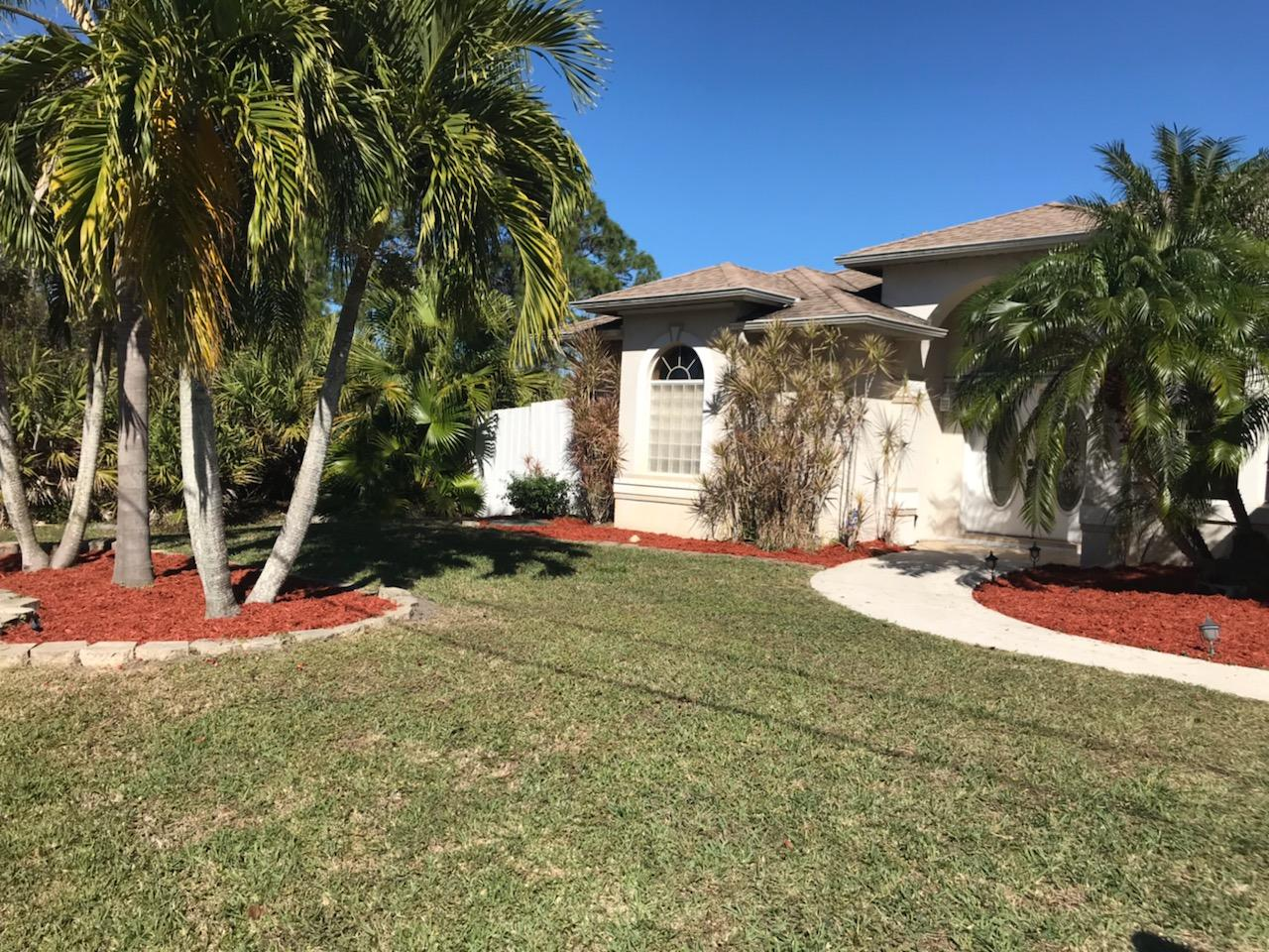 6416 NW Friendly Circle - Port St Lucie, Florida