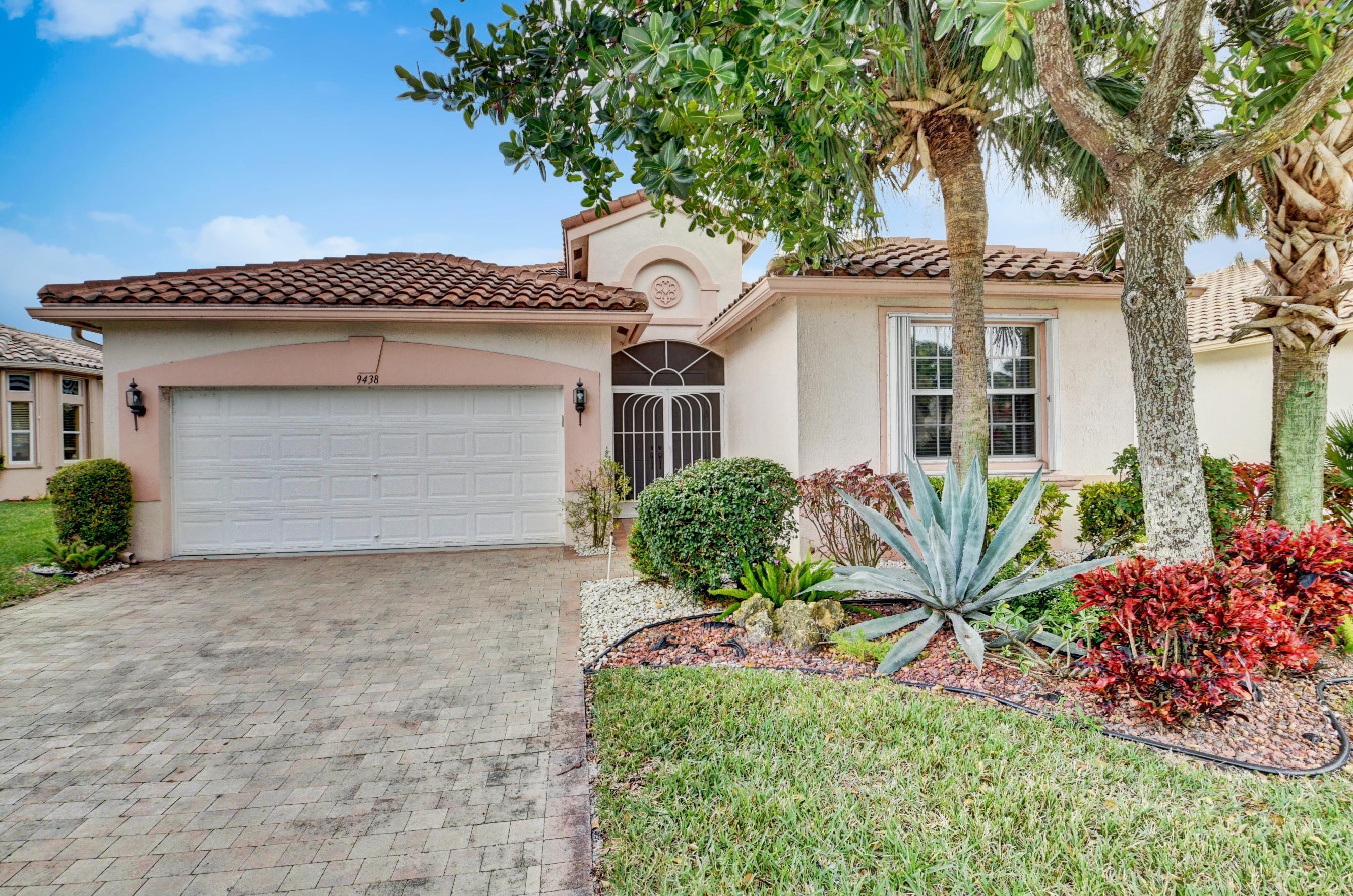 Bellaggio home 9438 Vercelli Street Lake Worth FL 33467