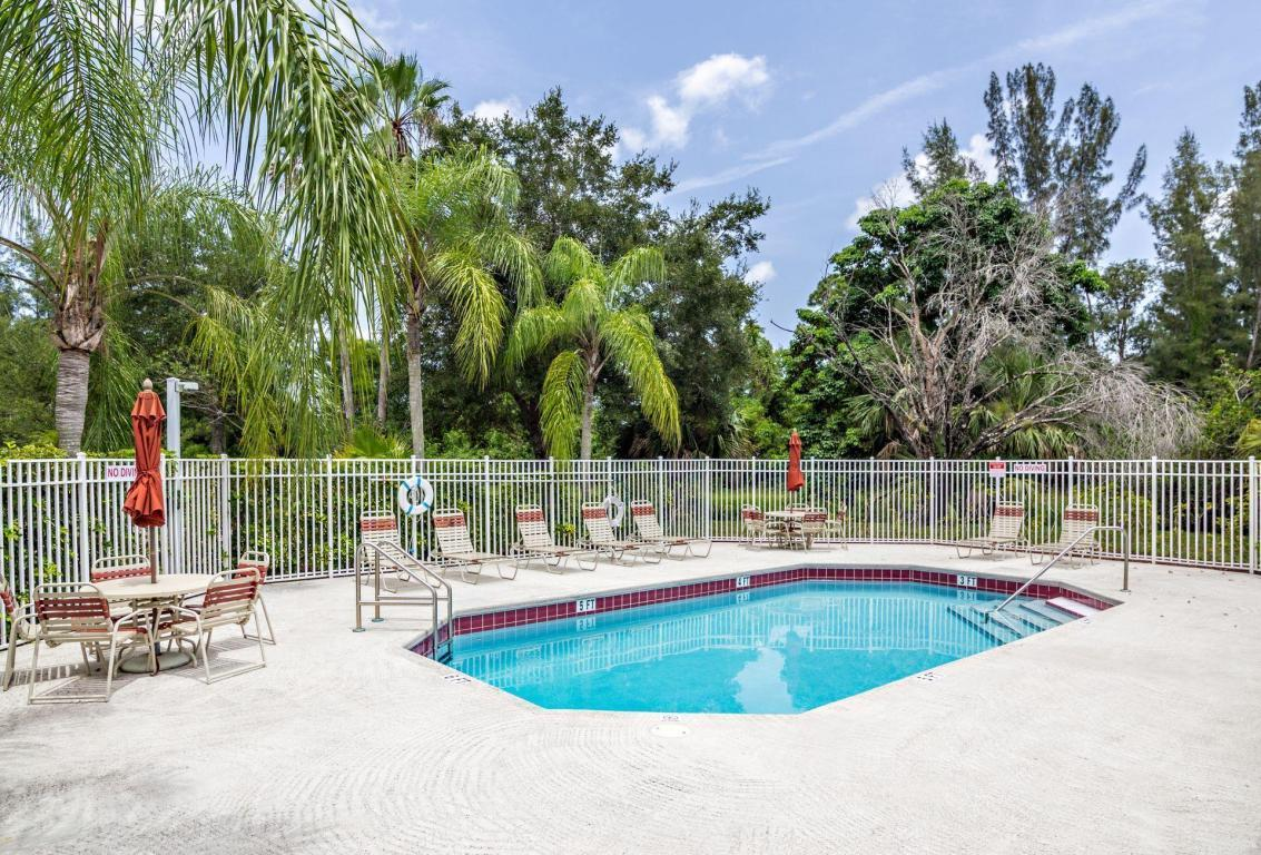 10617 Pelican Drive Wellington, FL 33414 photo 43