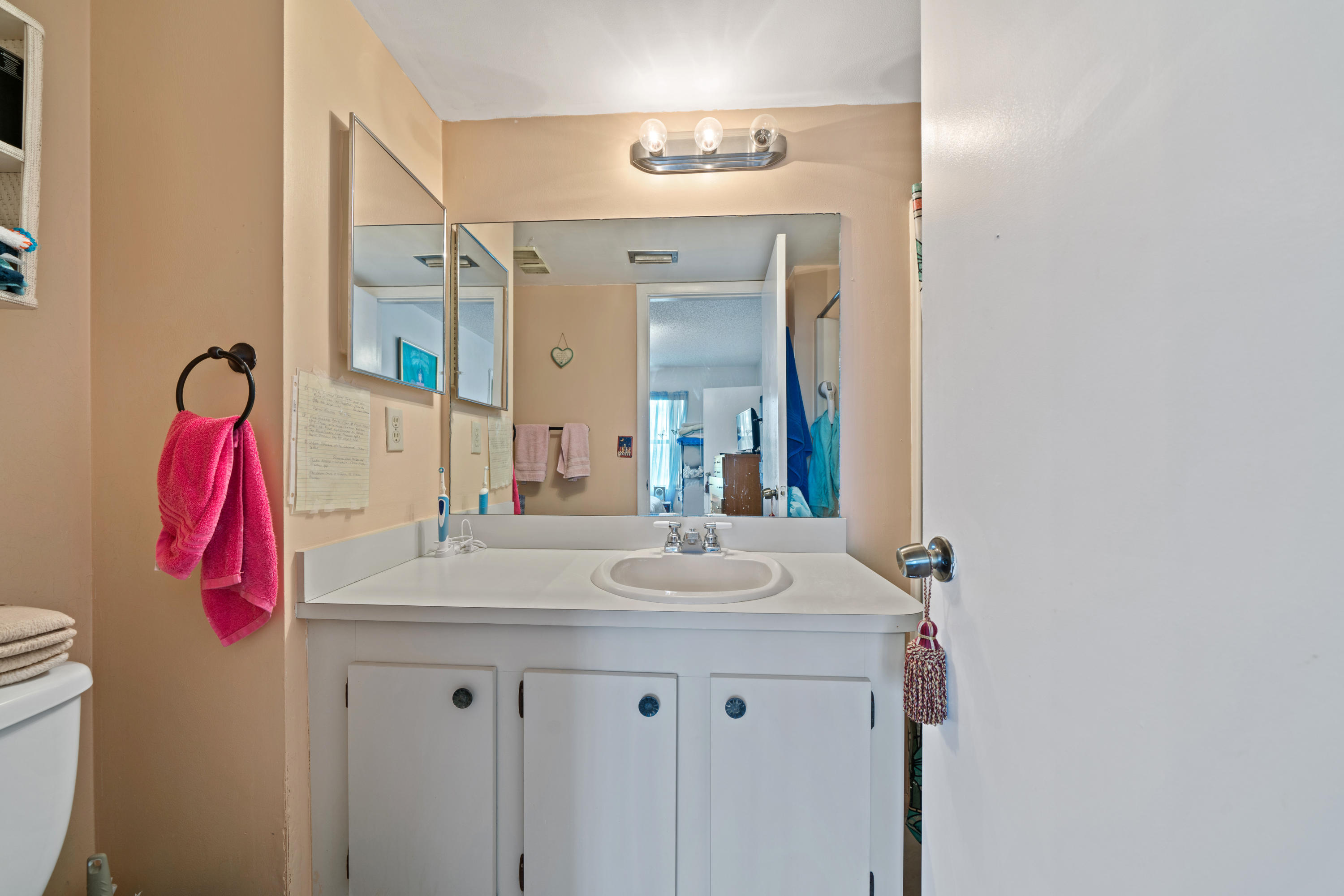 7245 Golf Colony Court 204 Lake Worth, FL 33467 small photo 9