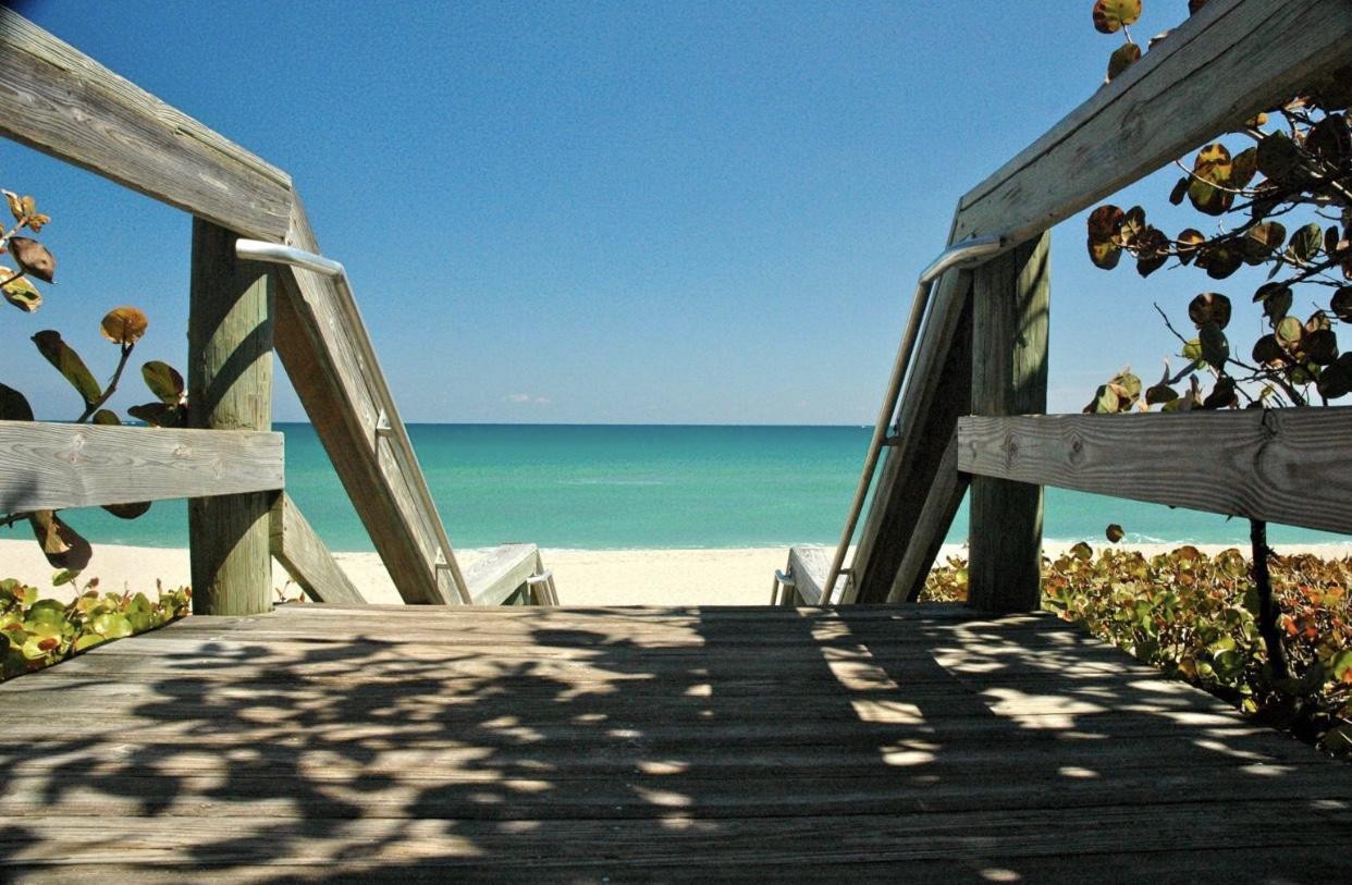 CIELO PALM BEACH GARDENS REAL ESTATE