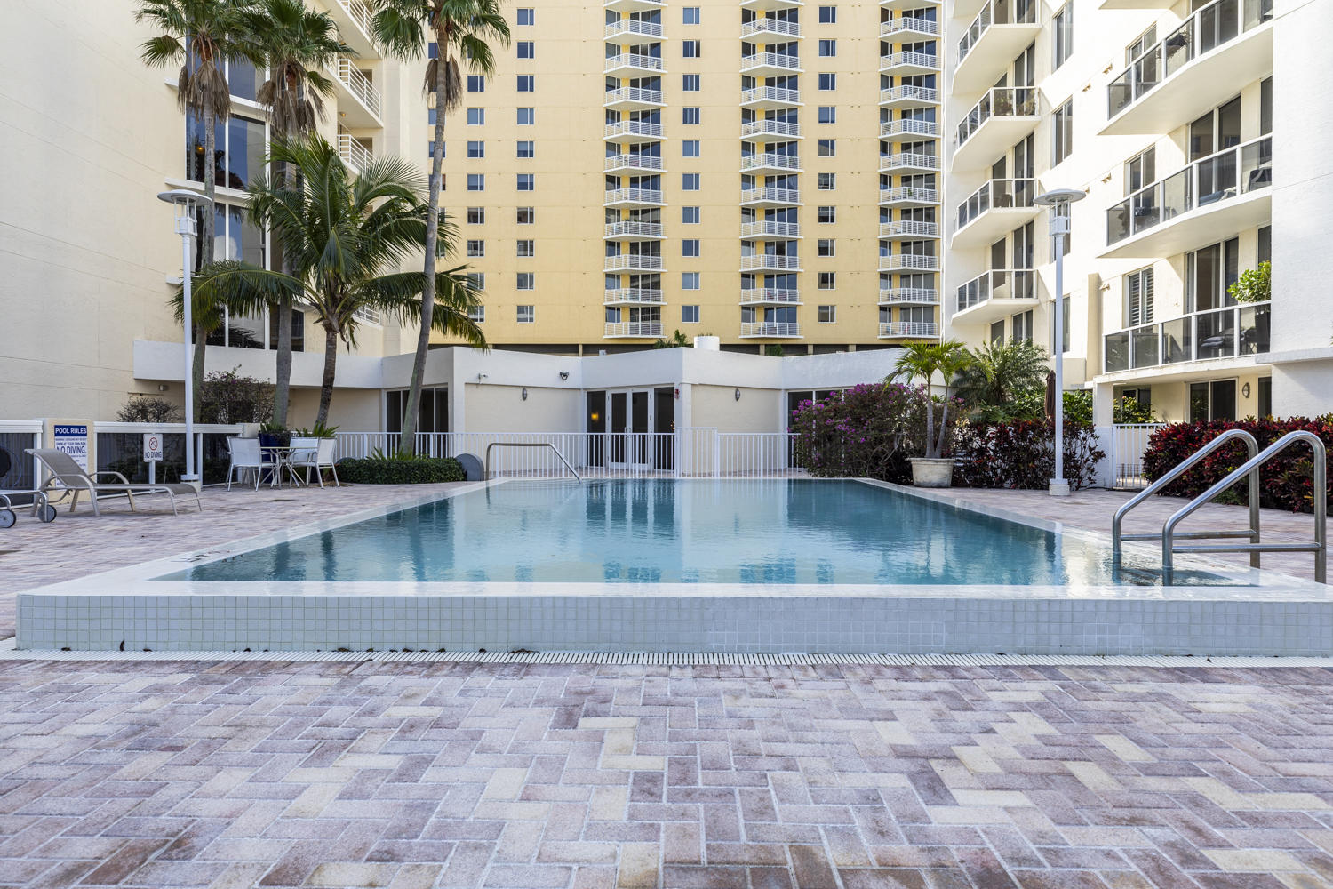 VILLA LOFTS WEST PALM BEACH REAL ESTATE