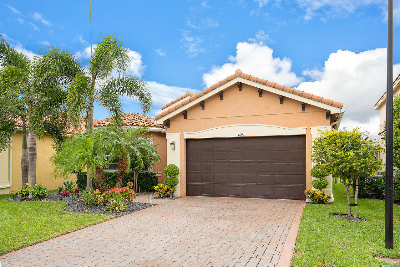 11691 Mantova Bay Circle  Boynton Beach, FL 33473