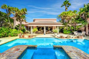 Boca Pointe-villa Flora