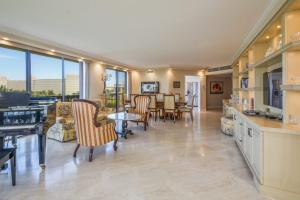 Sutton Place Condo