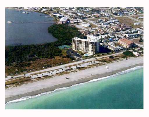 Photo of home for sale at 801 Ocean Drive S, Fort Pierce FL