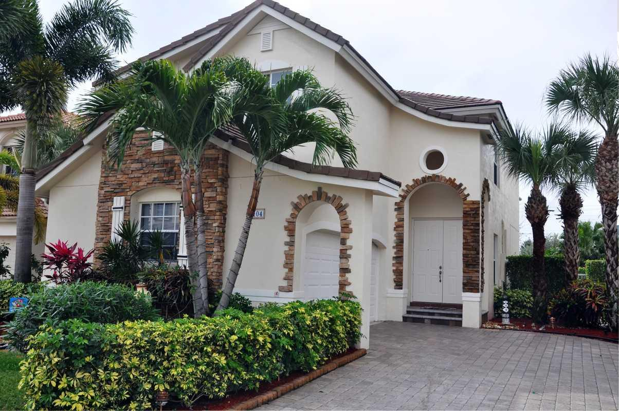 Home for sale in Boynton Estates Lake Worth Florida