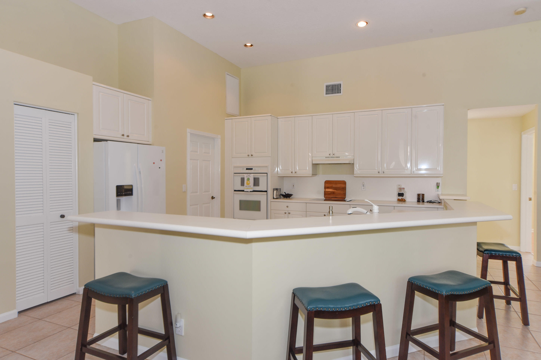 799 Cedar Cove Road Wellington, FL 33414 photo 4
