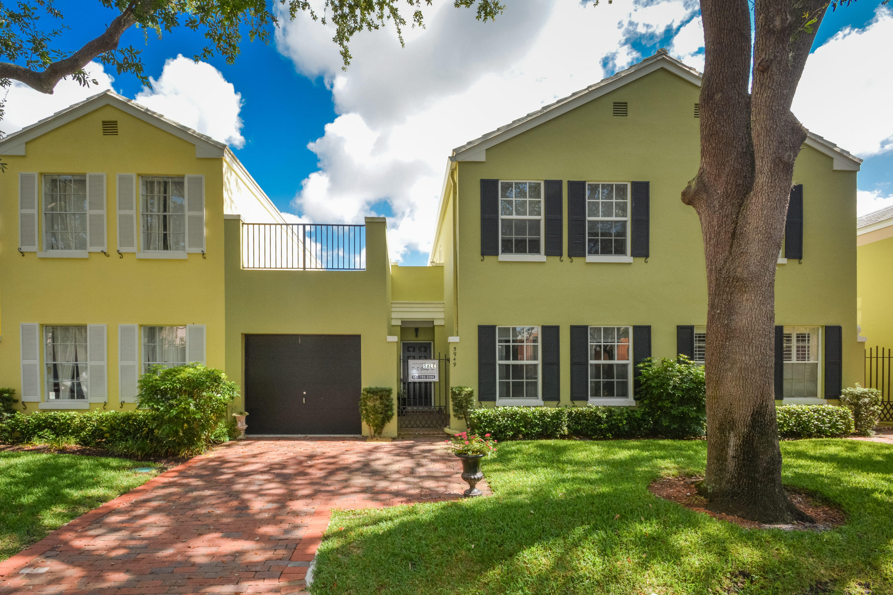 Home for sale in Charleston Place Boca Raton Florida
