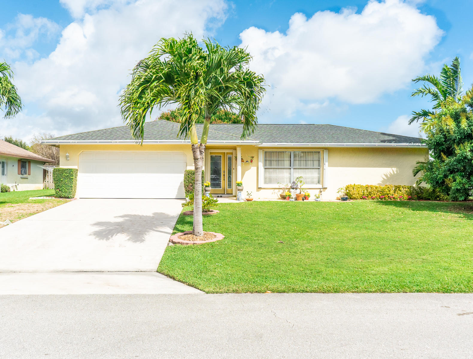 3847 Dogwood Avenue  Palm Beach Gardens FL 33410