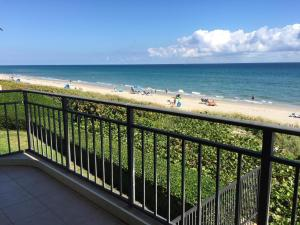 3009 S Ocean Boulevard 202 , Highland Beach FL 33487 is listed for sale as MLS Listing RX-10505332 35 photos