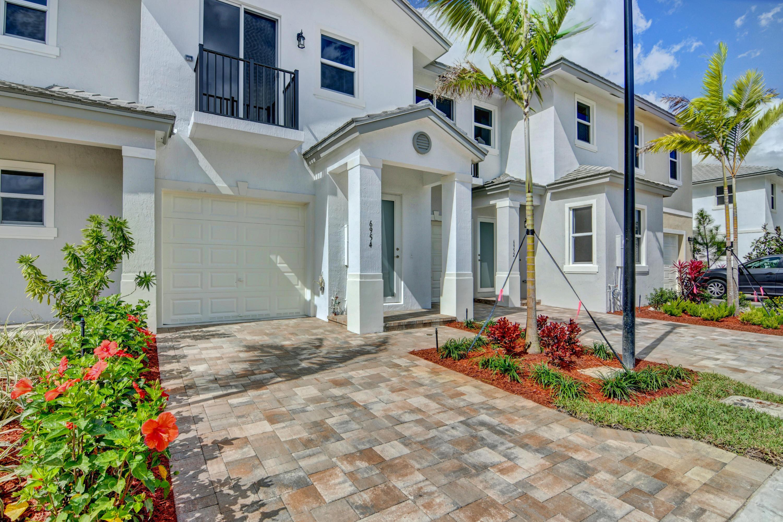 6954 Pines Circle  Coconut Creek FL 33073