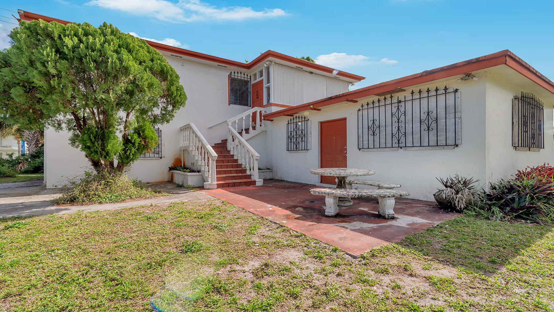 730 Lynwood Drive Lake Worth, FL 33461