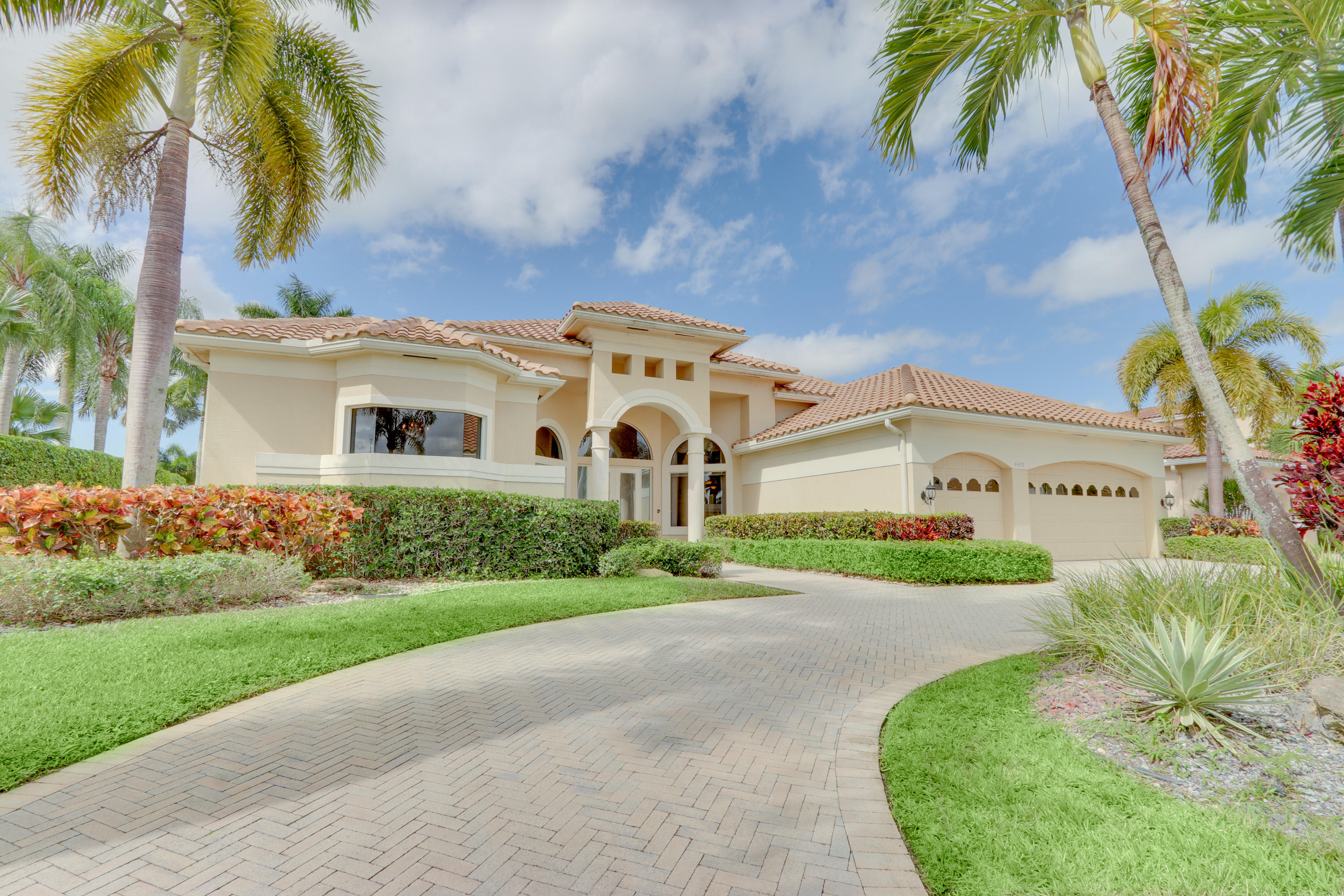 Home for sale in Wycliffe - James Estate Wellington Florida