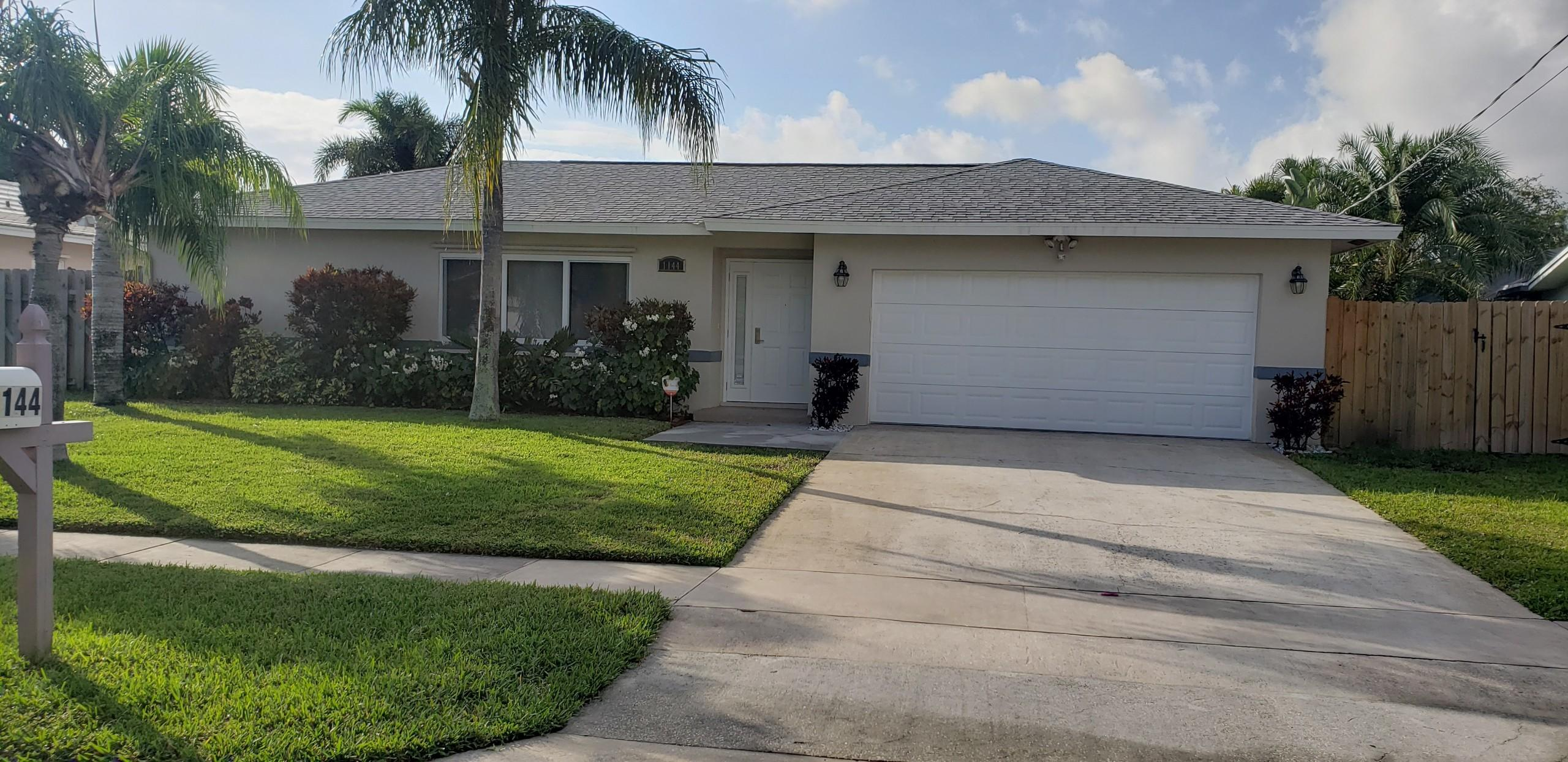 1144 SW 24th Avenue Boynton Beach, FL 33426