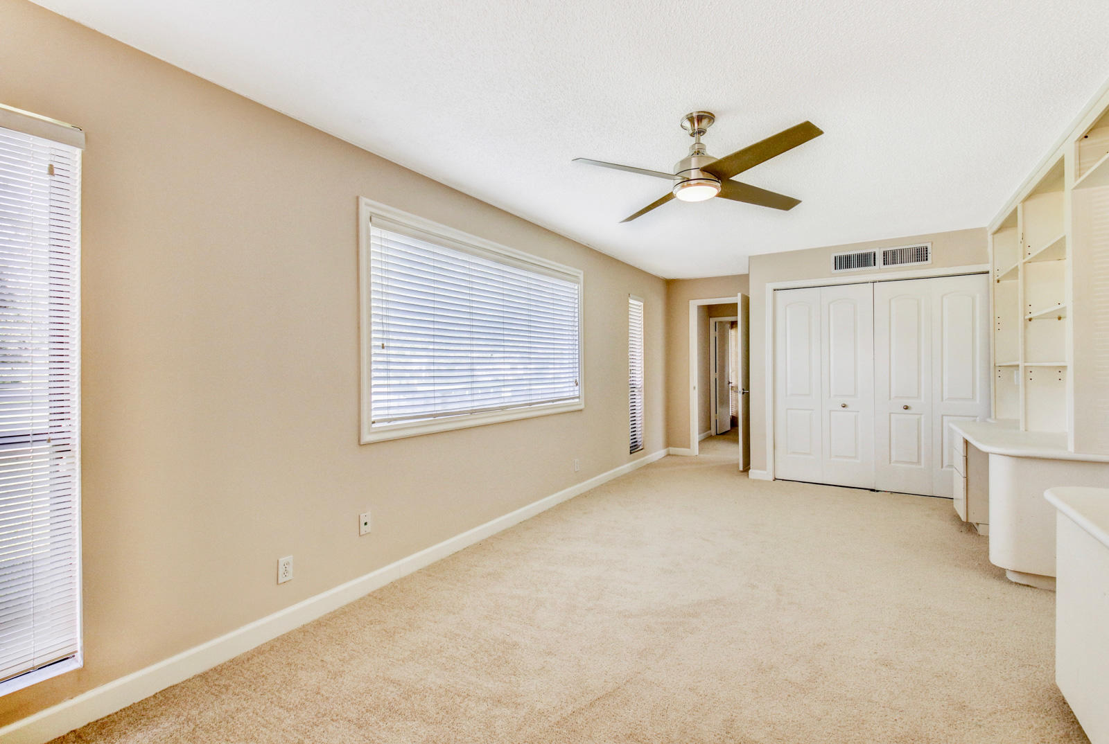 13860 Whispering Lakes Lane, West Palm Beach, Florida 33418, 3 Bedrooms Bedrooms, ,3 BathroomsBathrooms,A,Single family,Whispering Lakes,RX-10502399