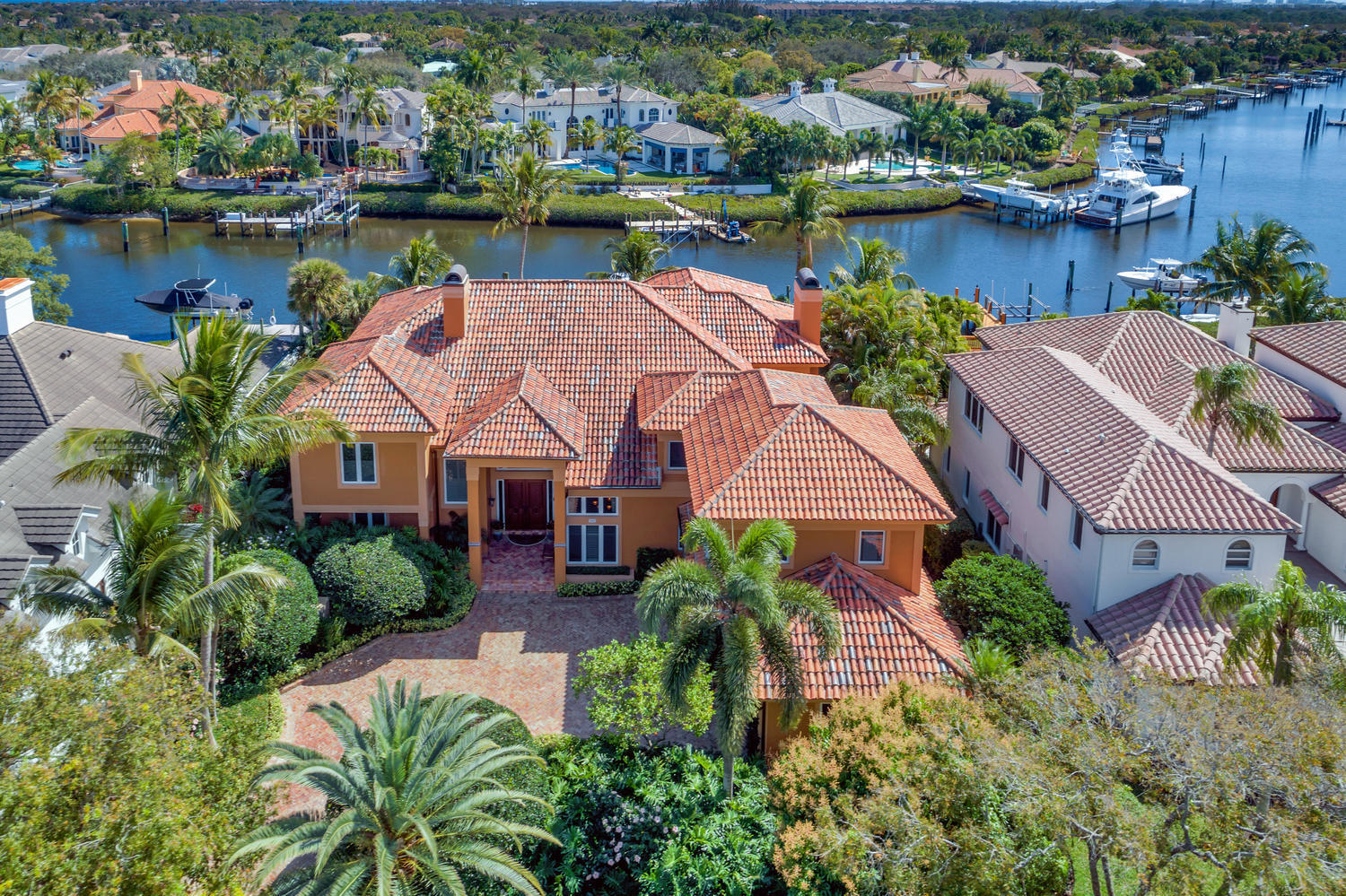 187 Commodore Drive, Jupiter, Florida 33477, 4 Bedrooms Bedrooms, ,4.1 BathroomsBathrooms,A,Single family,Commodore,RX-10507246