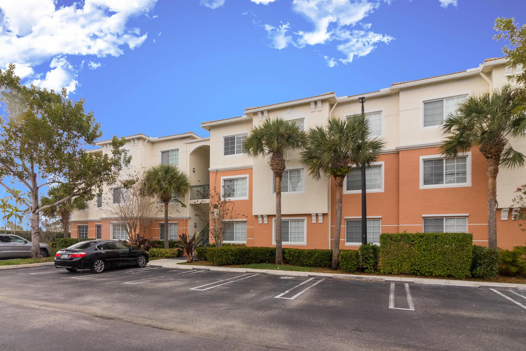 9857 Baywinds Drive 9202 West Palm Beach, FL 33411