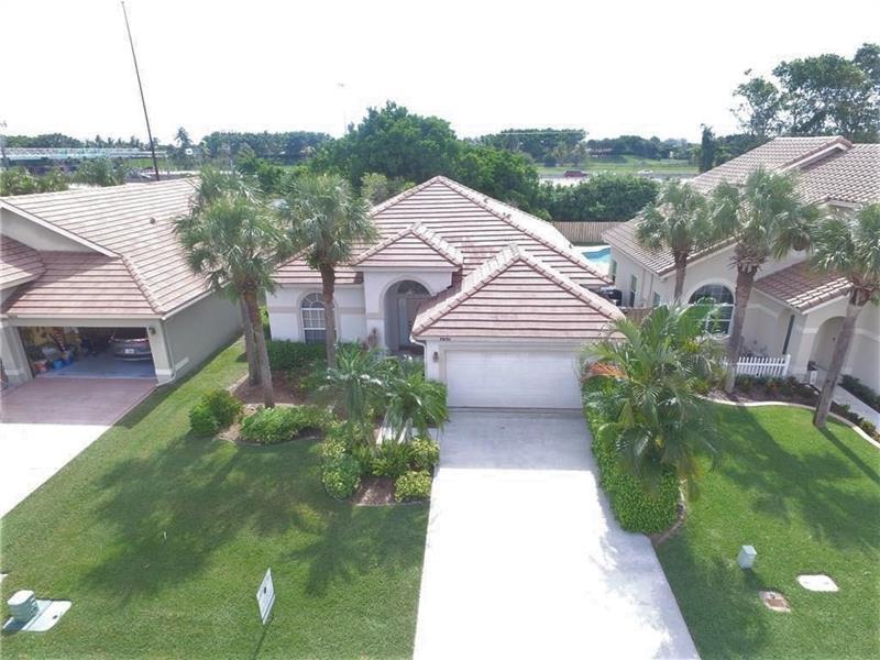 Home for sale in Lake Charleston / Lake Point Lake Worth Florida