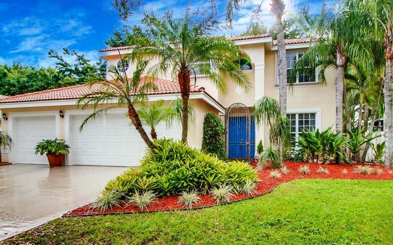 Home for sale in Emerald Isle Lake Worth Florida