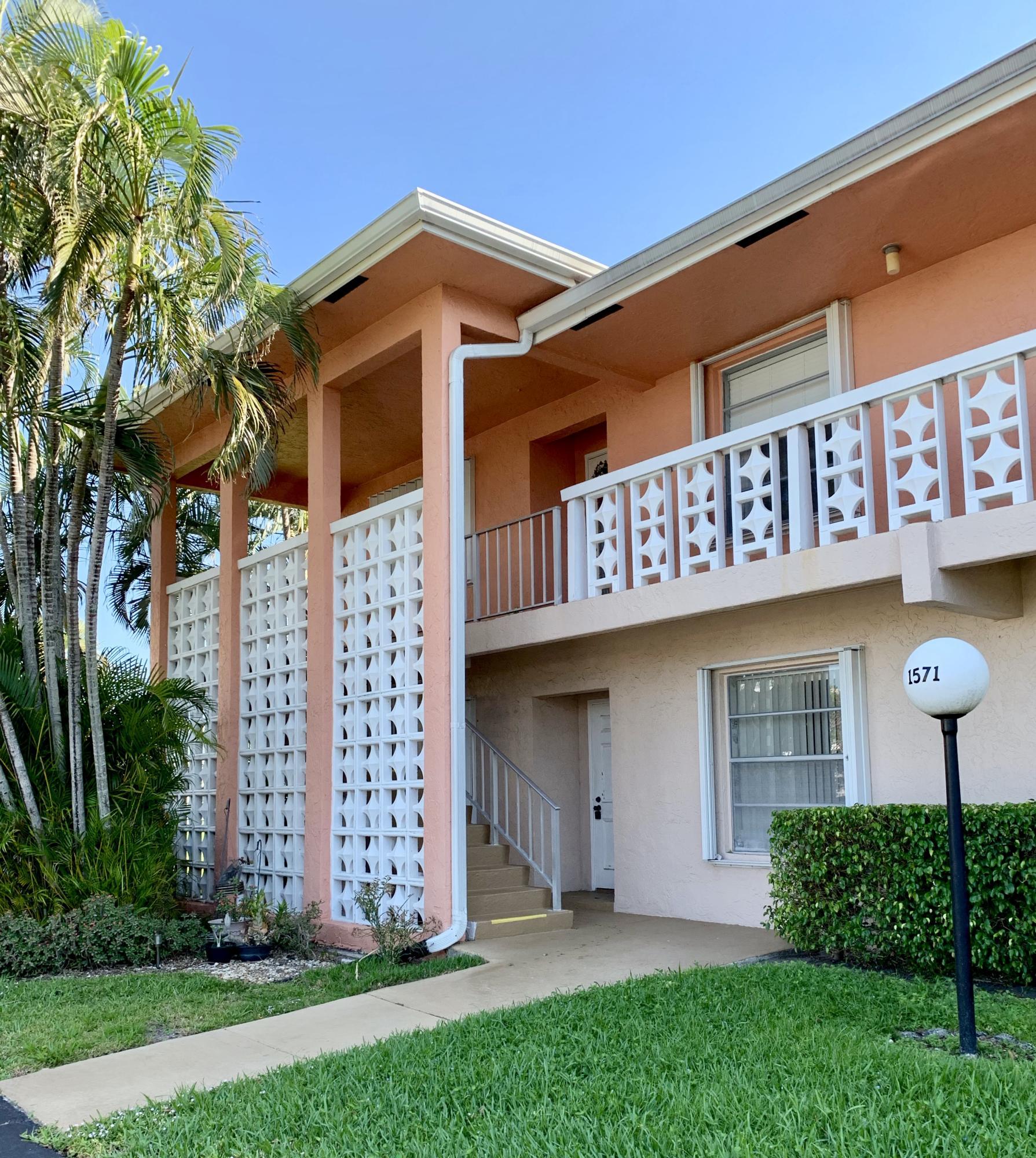 1571 NW 20th Avenue 101  Delray Beach FL 33445