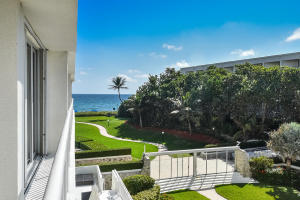 2780 S Ocean Boulevard 308 , Palm Beach FL 33480 is listed for sale as MLS Listing RX-10507016 32 photos