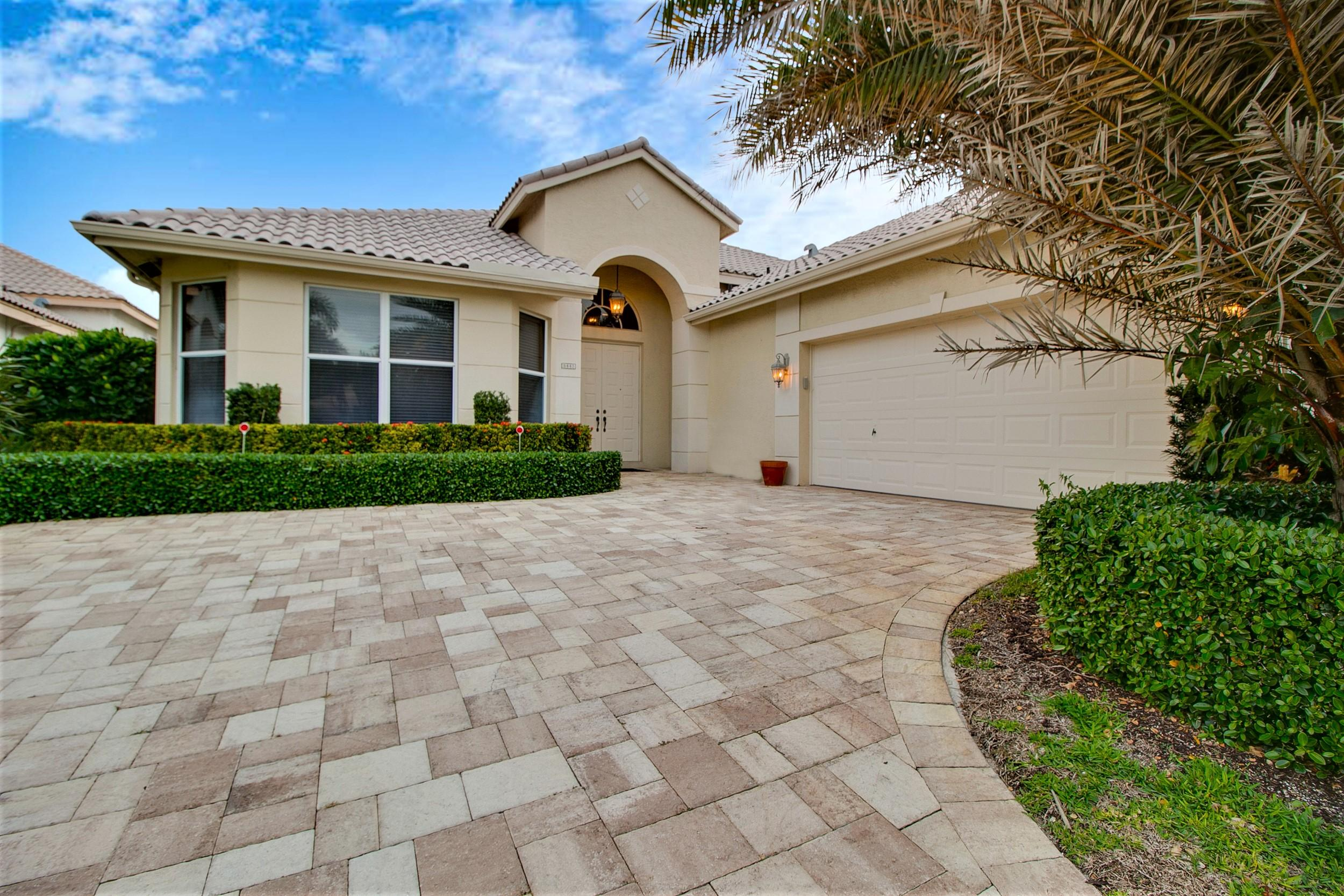 5443 Fountains Drive Lake Worth, FL 33467