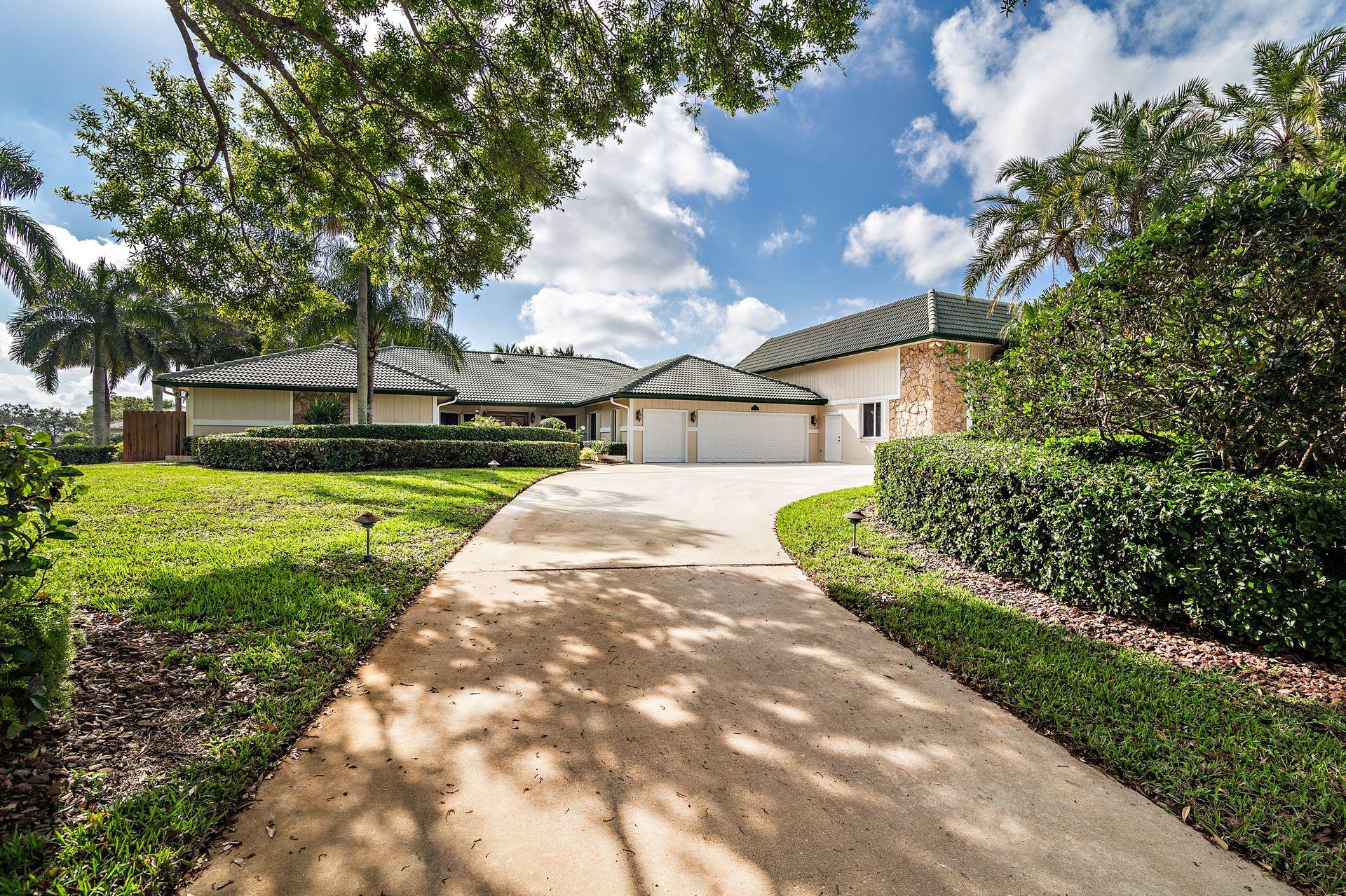 Home for sale in WELLINGTON AERO CLUB OF THE LANDINGS AT WELLINGTON Wellington Florida
