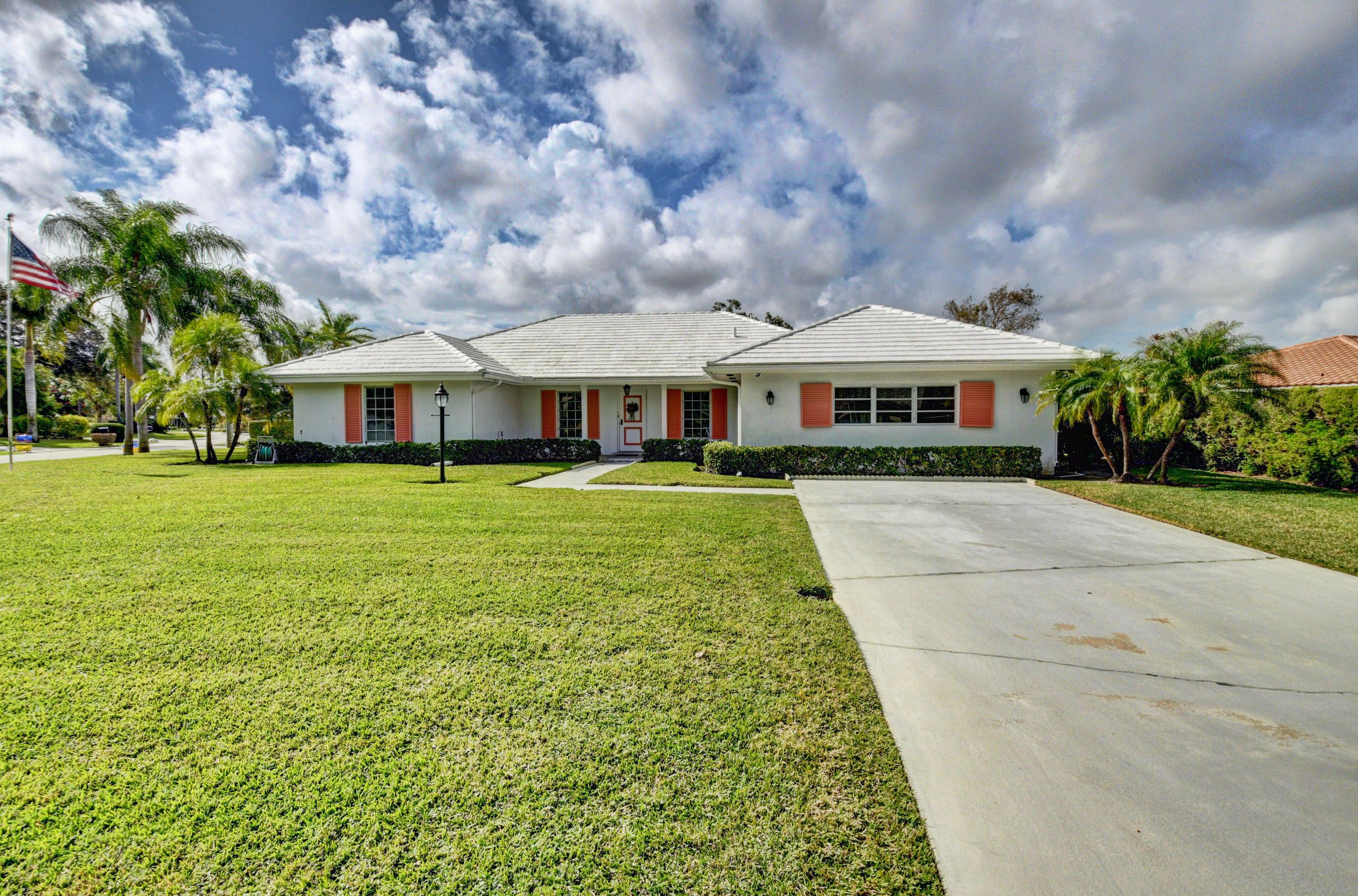 4560 S Lake Drive Boynton Beach, FL 33436