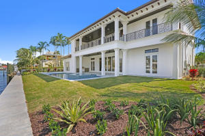 1200 Bimini Lane , Singer Island FL 33404 is listed for sale as MLS Listing RX-10506602 42 photos
