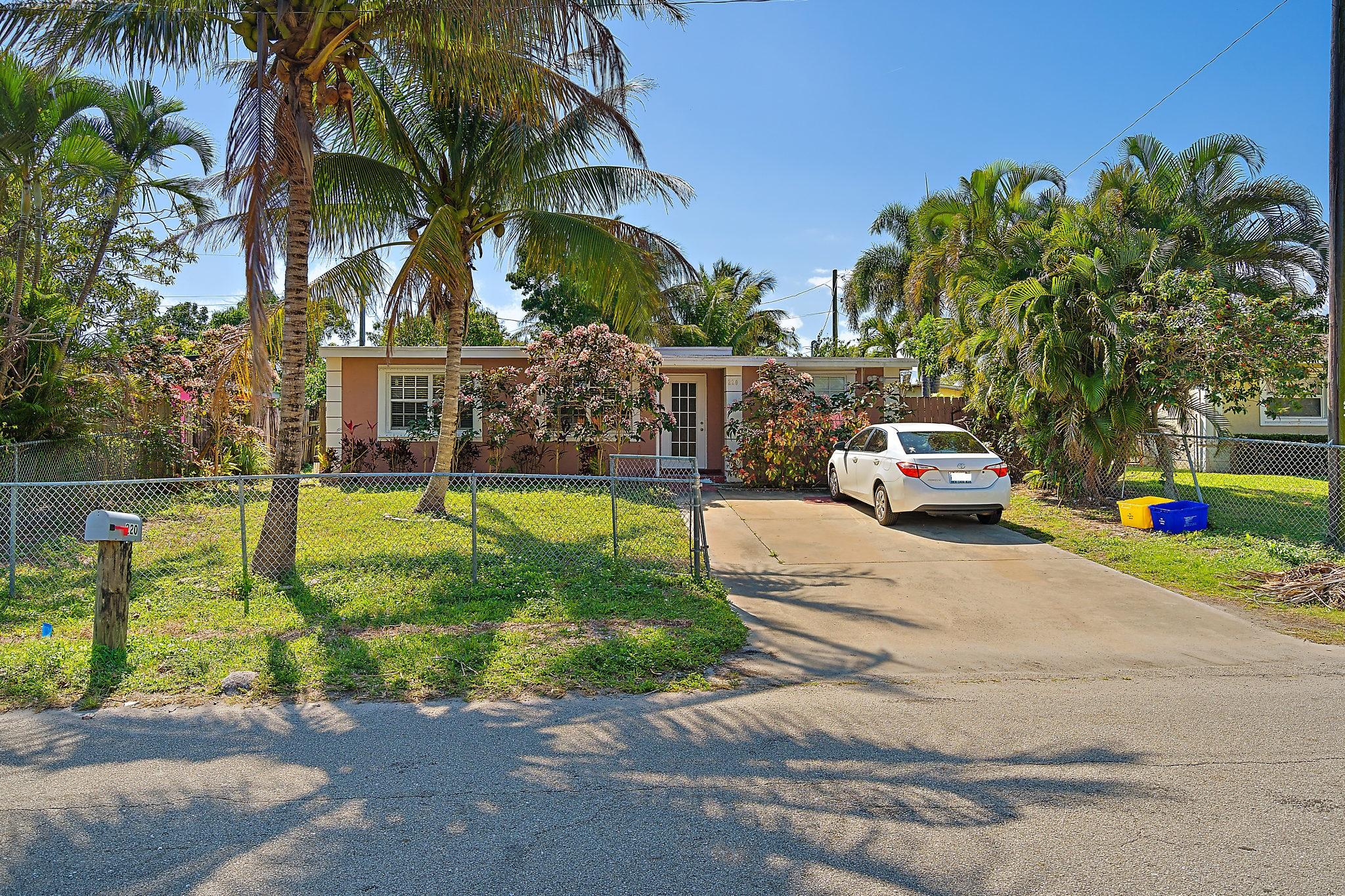 220  Mentone Road, Boynton Beach in Palm Beach County, FL 33435 Home for Sale