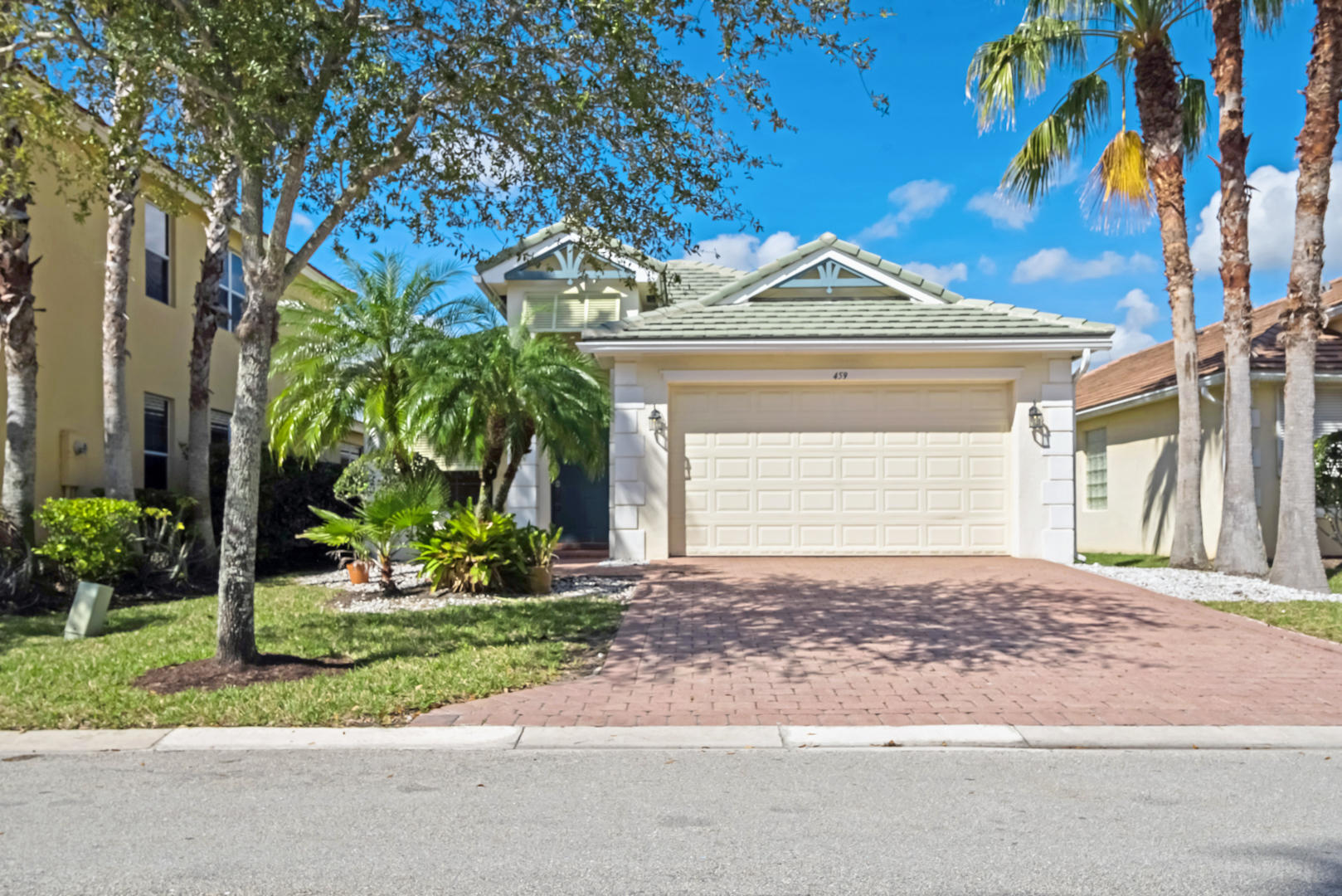 459 Belle Grove Lane Royal Palm Beach, FL 33411