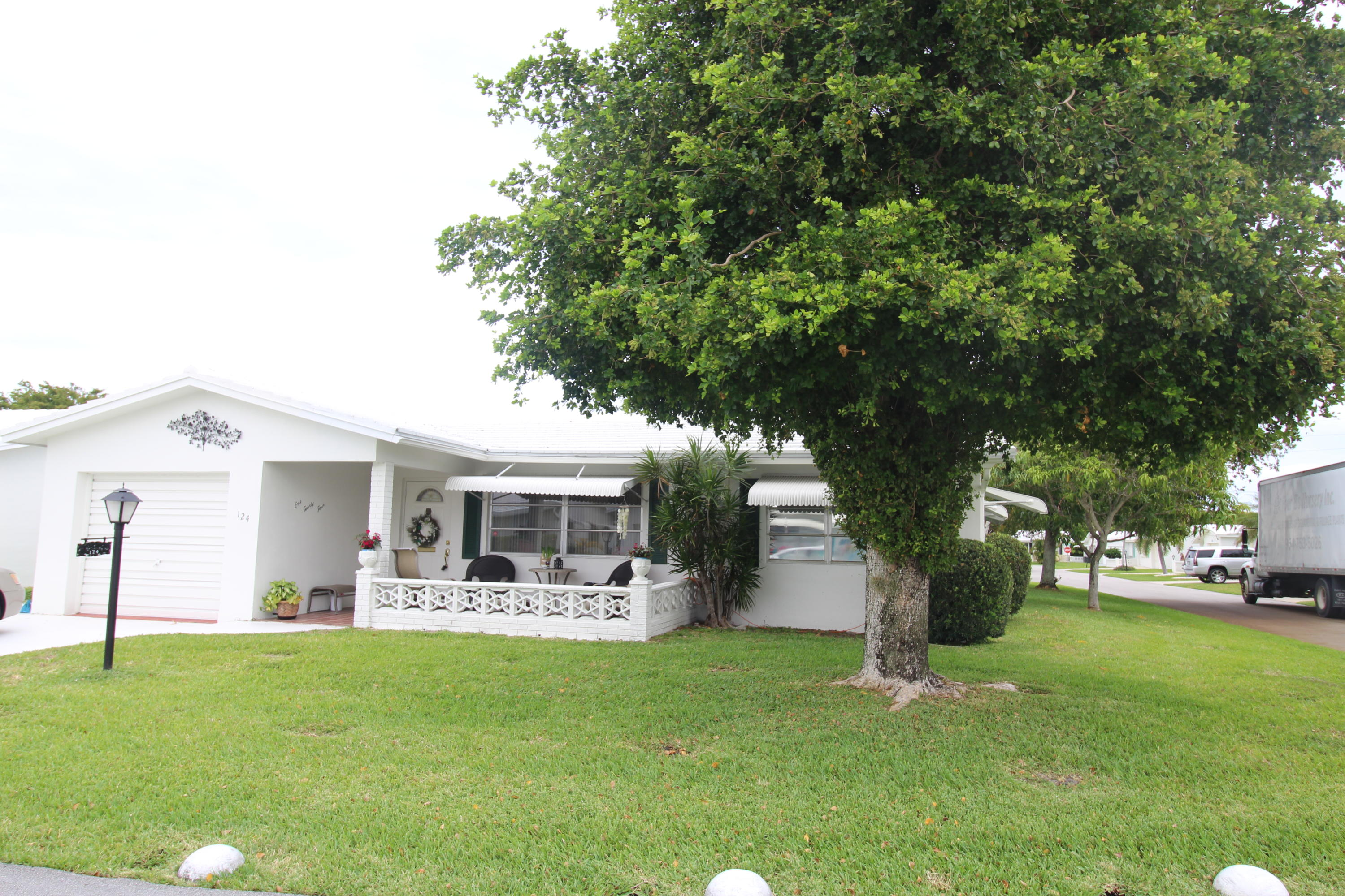 124 SW 9th Street Boynton Beach 33426 - photo