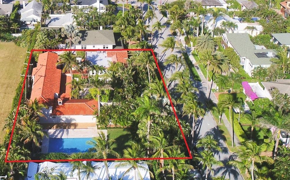 Photo of home for sale at 346 Seaspray Avenue, Palm Beach FL