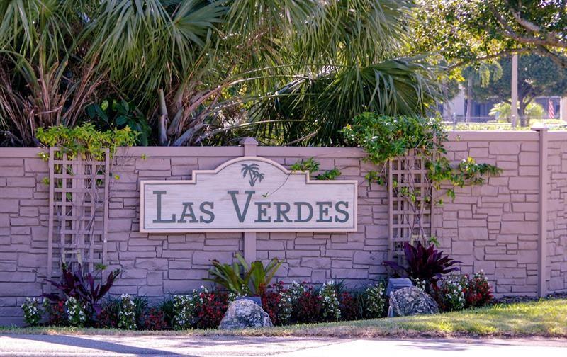 5419 Viburnum Street  Delray Beach, FL 33484