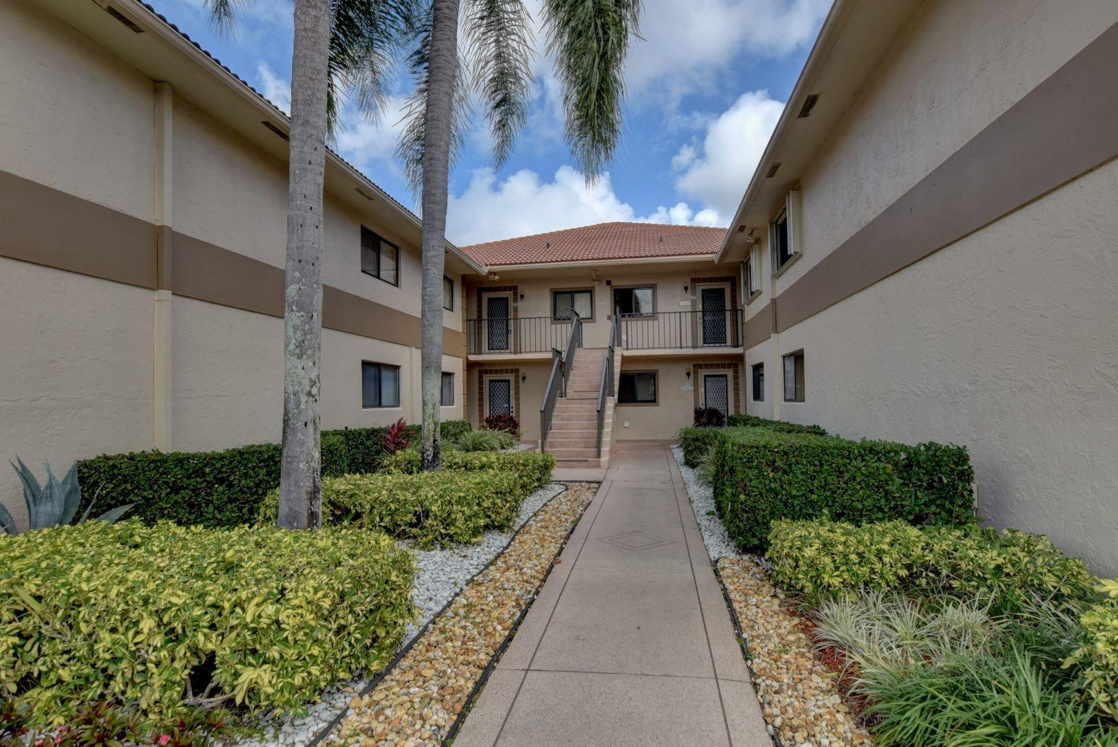15451 Pembridge Drive 230  Delray Beach, FL 33484