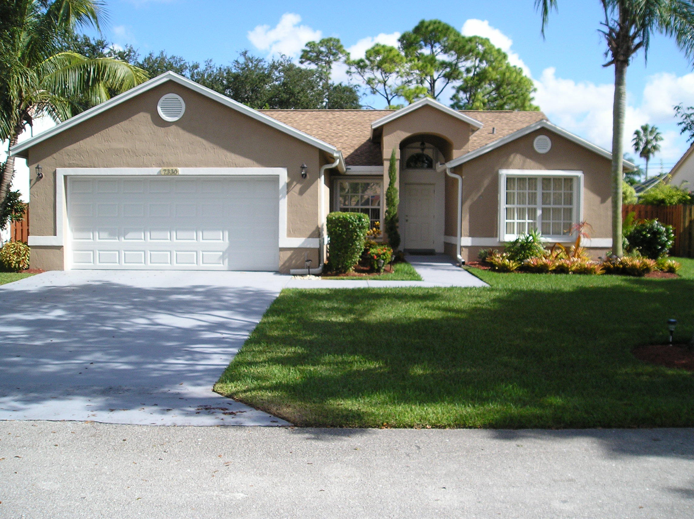 Home for sale in SABAL PINES,  LYONS GATE Coconut Creek Florida